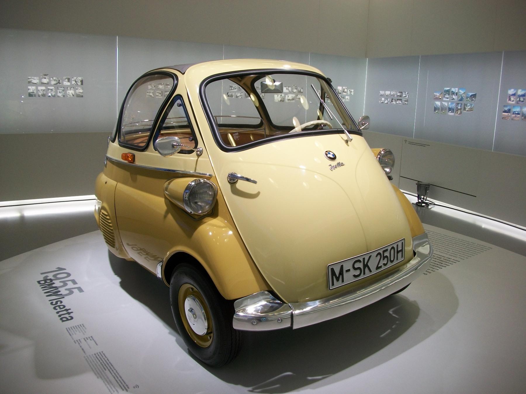BMW Isetta : la voiture « œuf »